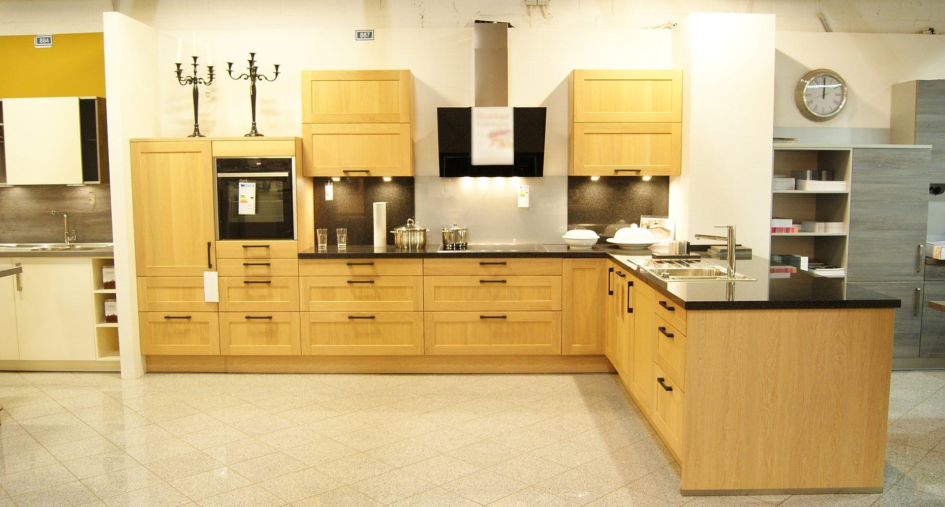 Trendwerk by möbel busch ausstellungsstücke möbel möbel busch küche korpus wildeiche arbeitsplatte aus granit